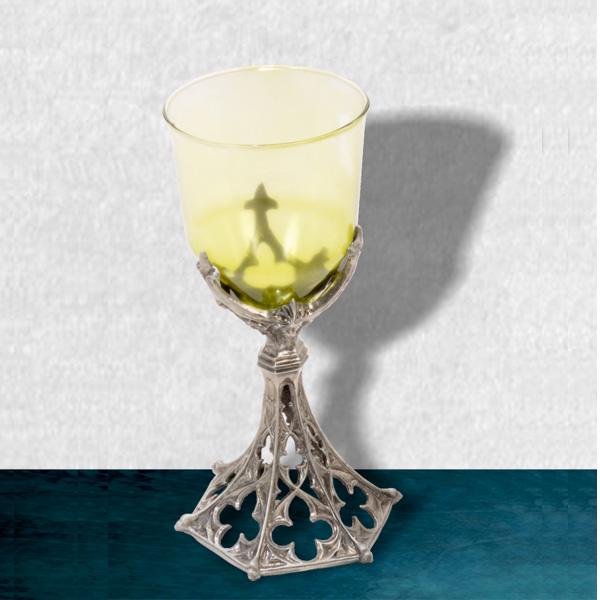 Cáliz medieval de cristal en color verde y peltre. Disponible en color rojo y verde