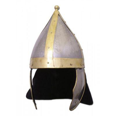 Casco de arquero romano con placas metálicas