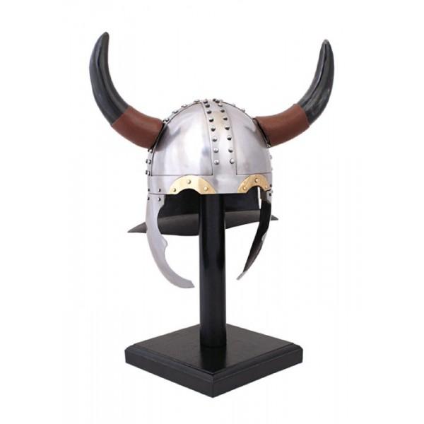 Casco Vikingo con cuernos.
