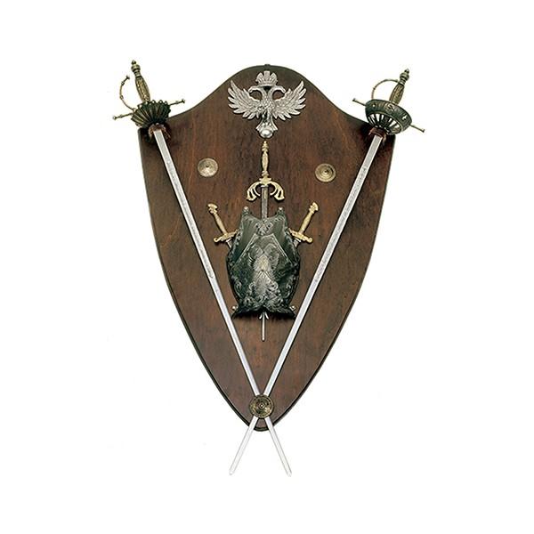 Panoplia de madera con mini pectoral y 2 espadas. Medida 102 x 70 x 18 cm. Peso 5.7 Kg.